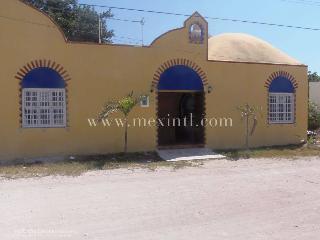 VILLA YESSENIA - Progreso vacation rentals