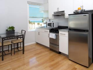 AIR Venice 'HIP Beachfront Living' - Los Angeles vacation rentals