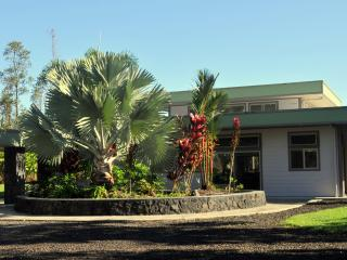 Hale E Komo Mai - tropical home on lush acre - Keaau vacation rentals