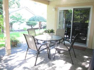 5 Star Reviews! Garden Suite - Victoria vacation rentals