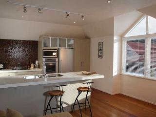 Strand waterfront Apartment Russell - Bay of Islands vacation rentals