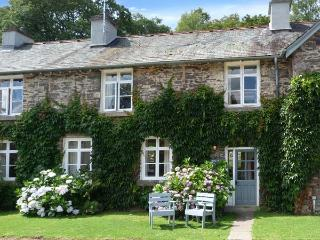 BIBBY LOT, open fire, WiFi, on-site fishing and pool, in Graythwaite, Ref. 914058 - Hawkshead vacation rentals