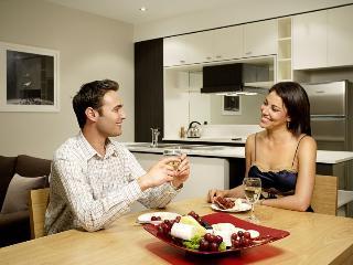 Spacious 3Bedroom, 2Bathroom Apartment inc WIFI - Melbourne vacation rentals