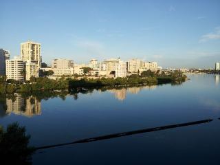 Luxurious Lagoon Apartment-5min.walk to beach - San Juan Bautista vacation rentals
