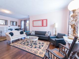 Loyalist Heights- Autumn Rates Reduced - Niagara Falls vacation rentals