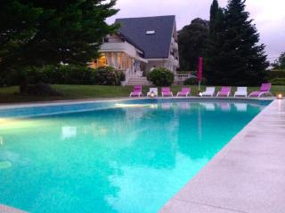 Santander,Spectacular villa with swimming pool an - Camargo vacation rentals