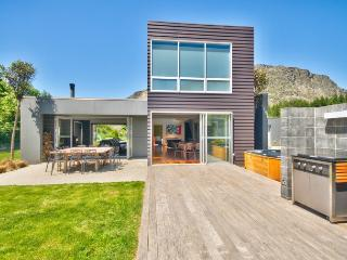 Modern Family - New Zealand vacation rentals