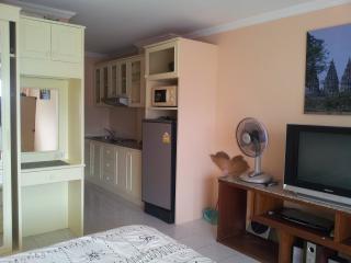 Studio Condo unit In ViewTalay 1 Jomtien ,near Pattaya Thailand - Pattaya vacation rentals