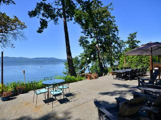 Victoria Area Deep Cove Ocean Front 5 Bedroom Private Vacation Home - Mayne Island vacation rentals