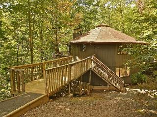Close to town and The National Park entrance - Gatlinburg vacation rentals