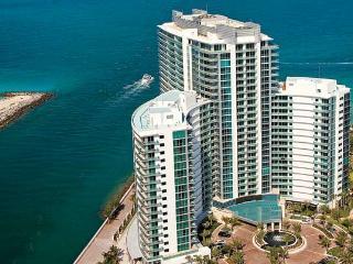 RITZ BAL HARBOUR HUGE 1,147 Sq. Ft   1 BD SUITE! - Bal Harbour vacation rentals