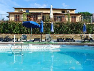 casa vacanze l'ulivo - Montopoli in Val d'Arno vacation rentals