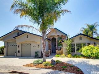 Furnished upscale home with pool & other amenities - Roseville vacation rentals
