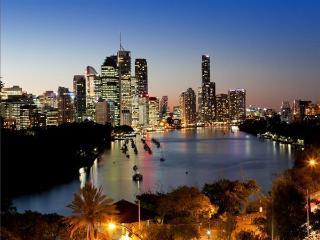 Kangaroo Point, Brisbane Penthouse Apartment - Coochiemudlo Island vacation rentals