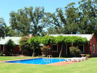 Spacious Villa in Punta del Este 12min from Beach - Punta del Este vacation rentals