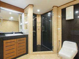 3BR-Orient Penthouse Suite-River View-WiFi-44 - Bangkok vacation rentals