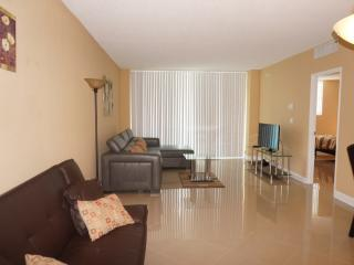 Sian 1bed/1.5bath beach front condo - Hollywood vacation rentals
