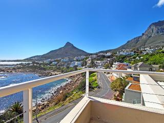 Victoria Views - beachfront position & sea views - Camps Bay vacation rentals