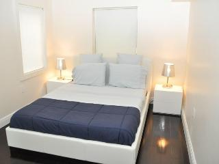 Charming remodeled apartment in Heart of SoBe/5 - Miami Beach vacation rentals