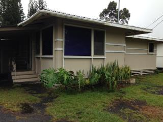 Cnveniently Located Family House - Hilo District vacation rentals