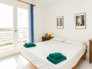 Dúplex en Menorca - Cala'n Bosch vacation rentals