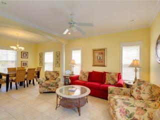 COZY HIDEAWAY 22C - Pensacola vacation rentals