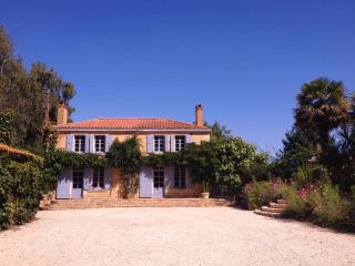 La Tavellerie - La Caillere vacation rentals