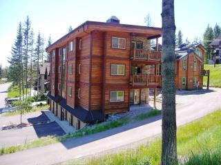 Luxury Mtn. Condo...Hottub/Patio/Views!  3BR, 2BA! - Whitefish vacation rentals