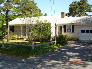 Charming, Cozy, Close to the Beach, Sunny & Clean - Harwich vacation rentals