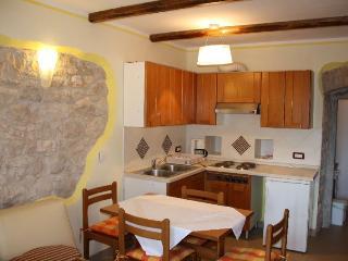 MOMIC(1195-2805) - Groznjan vacation rentals