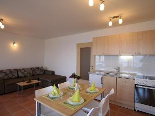 DJAKOVIC (1203-2828) - Silo vacation rentals