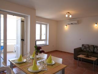 DJAKOVIC (1203-2831) - Silo vacation rentals