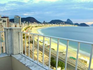 Copacabana Beachfront  Penthouse - Rio de Janeiro vacation rentals