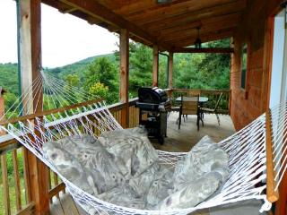 Cozy Nook Location: Boone / Valle Crucis - Boone vacation rentals