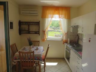 Apartment Krajaиeviж (2313-5833) - Primorje-Gorski Kotar vacation rentals