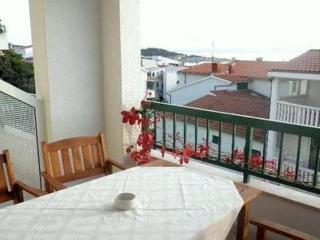Apartments Tonka(2351-5900) - Bratus vacation rentals