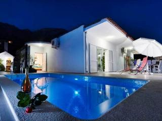 villa Mira with pool(2361-5917) - Bratus vacation rentals