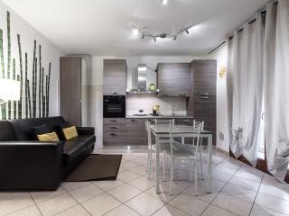 Suitelowcost - Soleado 4 stars**** - Novate Milanese vacation rentals