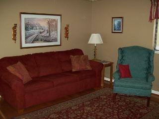 Two Bedroom Nestled in the Heart of Gatlinburg (Unit 401) - Gatlinburg vacation rentals