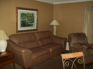 One Bedroom Condo in Downtown Gatlinburg (Unit 110) - Gatlinburg vacation rentals