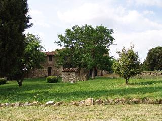 Campoli - Type Trilo Superior 4 Pax 2 Bagni - San Casciano vacation rentals