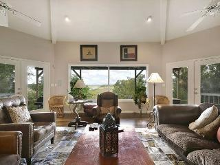 2BR/2BA Serene Hill Country Home on Lake Travis with Hot Tub, Sleeps 8 - Horseshoe Bay vacation rentals