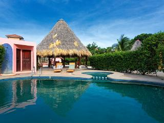 2BD Peaceful, Stylish Villa, 5 min walk to town! - Tamarindo vacation rentals