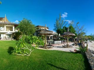 HBC4 beachfront apartment on Tamarin bay - Tamarin vacation rentals