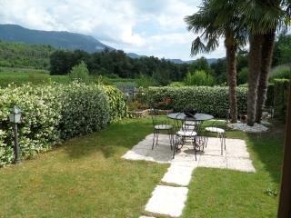 Affascinante Villa Lago di Garda - Garda vacation rentals