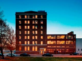 AP611(AP611) - Des Moines vacation rentals
