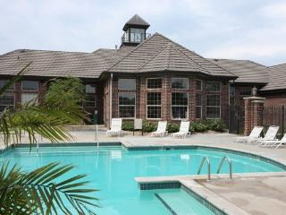 WESTPORT105(WESTPORT105) - Omaha vacation rentals