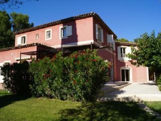 Fantasic Bouches-du-Rhône Vacation Rental, Aix en Provence - Aix-en-Provence vacation rentals
