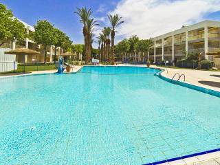 Nice Apt w/ shared Pool n/ Beach - Eilat vacation rentals