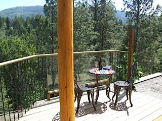 Intriguing, artsy, Loft, for 2, private, close in - British Columbia Mountains vacation rentals